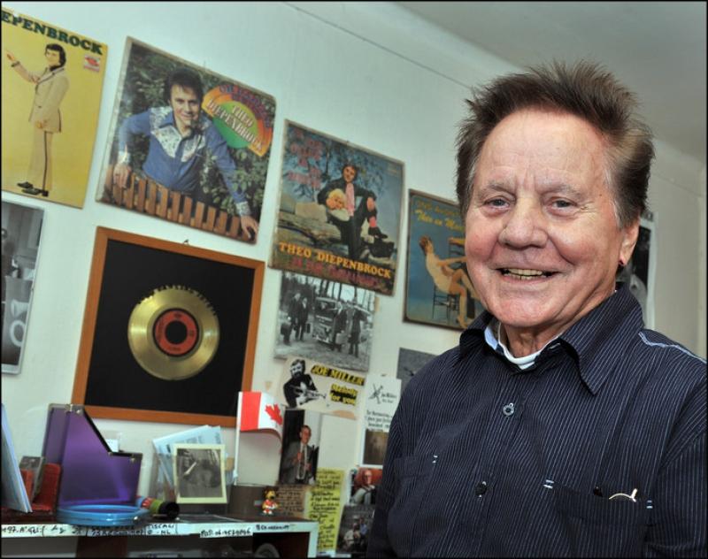 Zanger Theo Diepenbrock (85) overleden